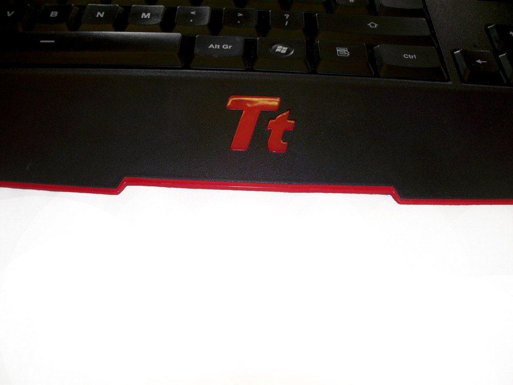 TT eSports Challenger Ultimate