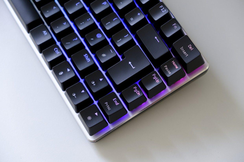 A-Jazz AK33 RGB review - Review - Keyboards | XSReviews