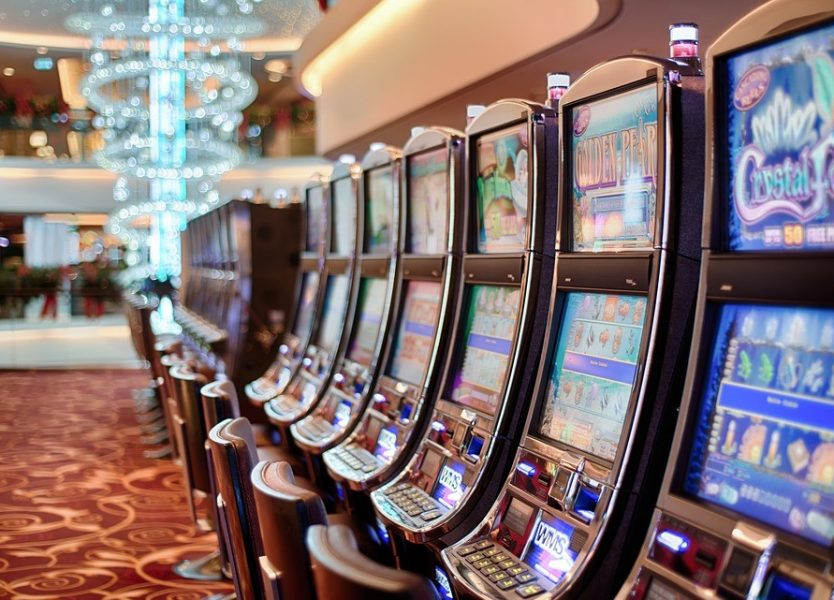 Hardware slot machine casino third party prop player